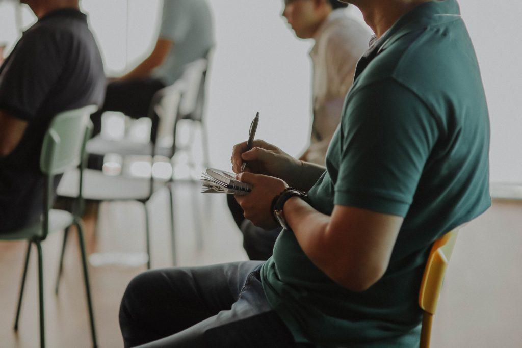 Un bon débutant en impro est un débutant attentif et régulier